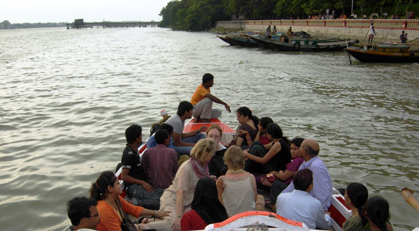 Bangla students Ferrying across river Ganga
